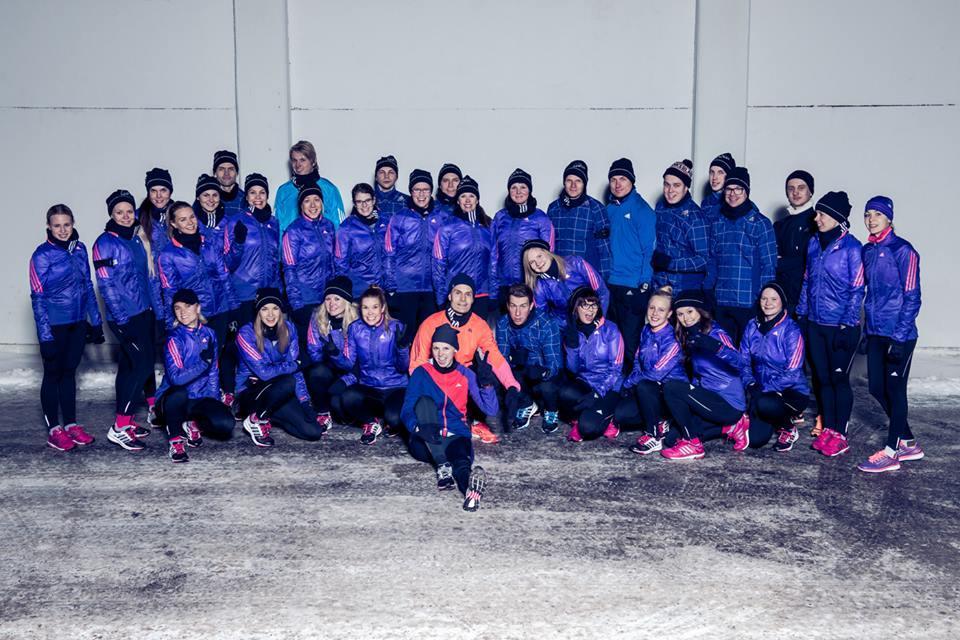 Tässä koko kööri! Löydätkö minut? Kuva: Adidas/Sami Välikangas