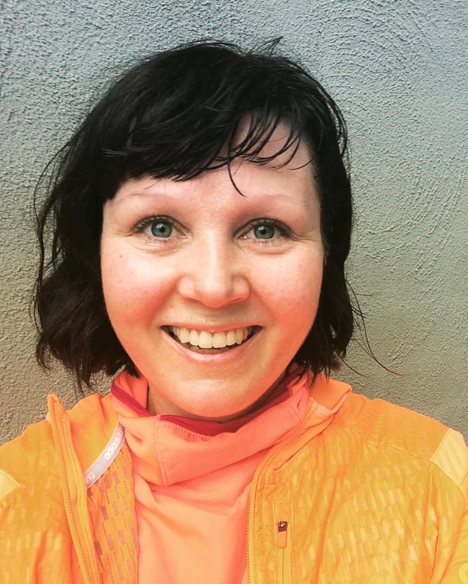 Kukkuu! Sateisen ja tuulisen lenkin jälkeen ei voi olla kuin onnellinen.