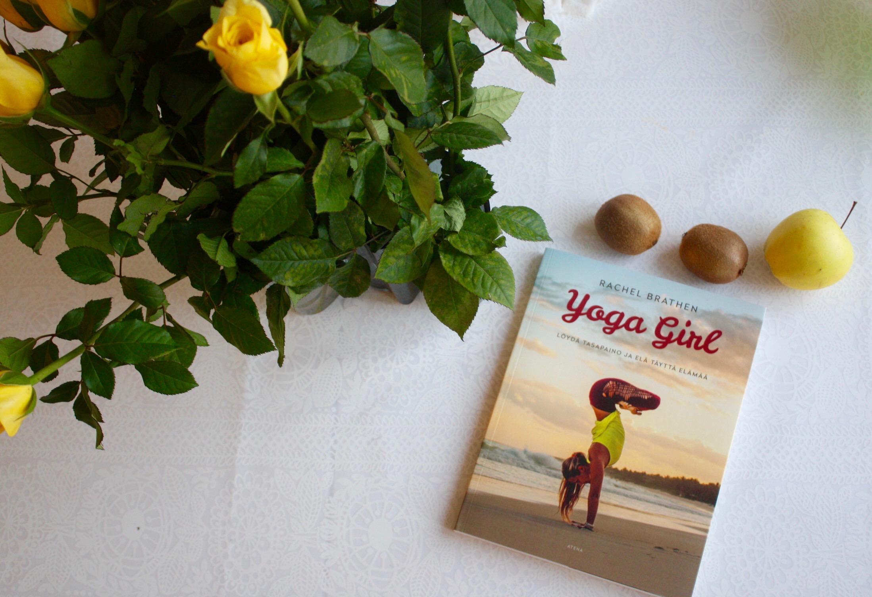 Kirjavinkki: Yoga Girl – Löydä tasapaino ja elä täyttä elämää